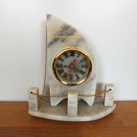 นาฬิกาตั้งโต๊ะ<br /> <br />